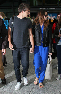 JUL 16TH - LIAM AND DANIELLE AT HEATHROW AIRPORT♥ - liam-payne Photo