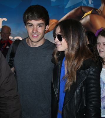 JUL 16TH - LIAM AND DANIELLE AT HEATHROW AIRPORT - liam-payne Photo