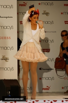 JULY 17 2011 - Soundcheck for Macy's Musica Event