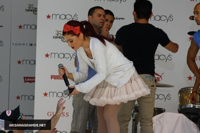 JULY 17 2011 - Soundcheck for Macy's Музыка Event