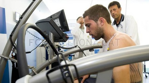 Jordi Alba passes the medical tests