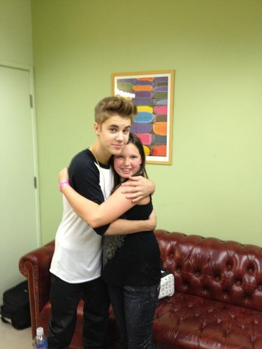 Justin Bieber With A New Friend!