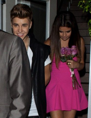 Justin Bieber and Selena Gomez out to abendessen