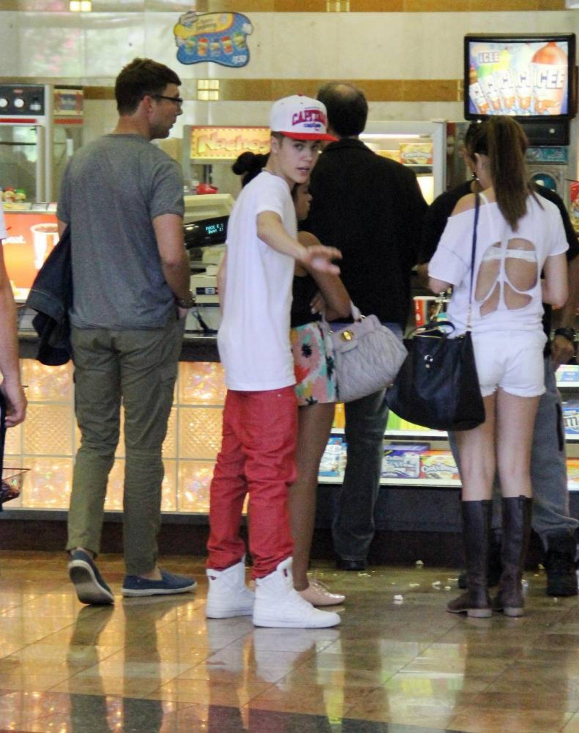 Justin and Selena yesterday