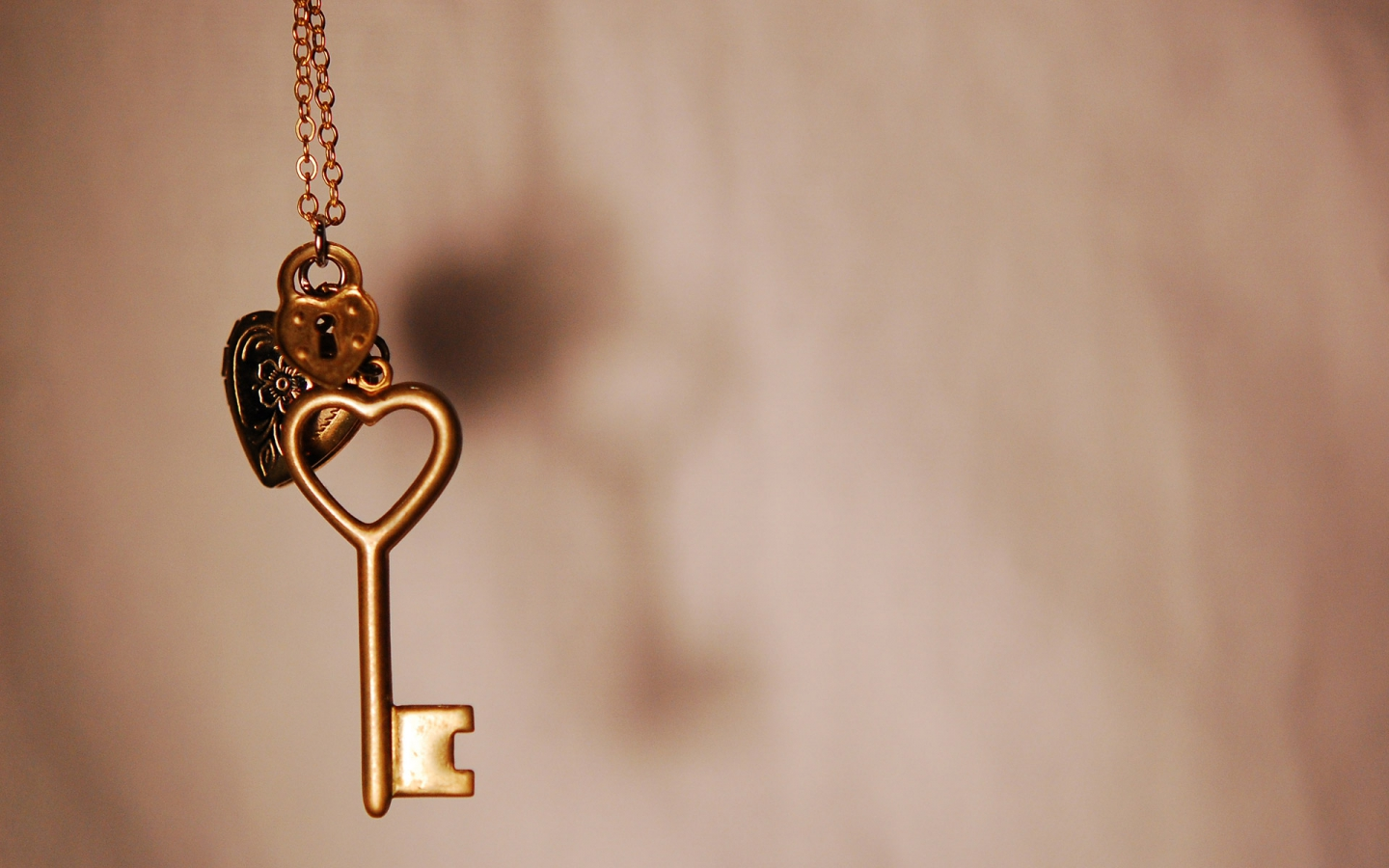 Love Jewellery Wallpaper : Key Love Quotes. QuotesGram