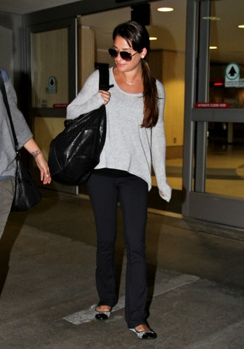 Lea Arriving At LAX - 21 July, 2012 - lea-michele Photo