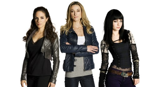 Lost Girl wallpaper possibly with a hip boot and a well dressed person entitled Lost Girl Wallpaper