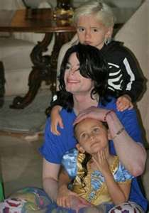 Michael And His Two Children, Prince And Paris