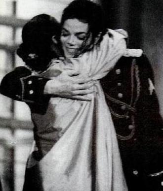 Michael Hugging Fellow Entertainer, Debbie Allen