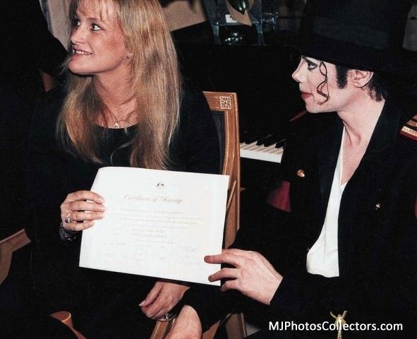 Michael and Debbie On Their Wedding hari