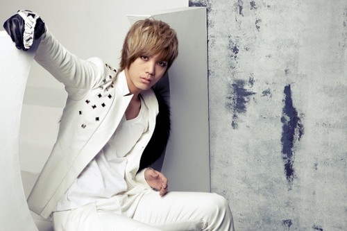 MBLAQ fondo de pantalla probably containing a well dressed person called Mir