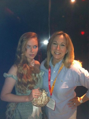 molly quinn 壁纸 probably containing a 湾 scallop, an octopus, and a 街, 街道 entitled Molly Quinn Comic Con 2012