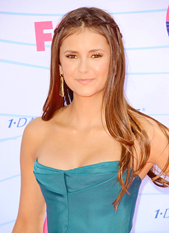 Nina at Teen Choice Awards 2012 red carpet - nina-dobrev Photo