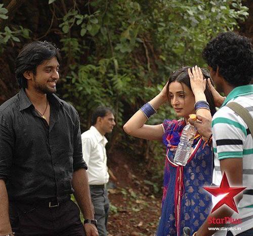 On set of IPKND - Khushi and Shyam