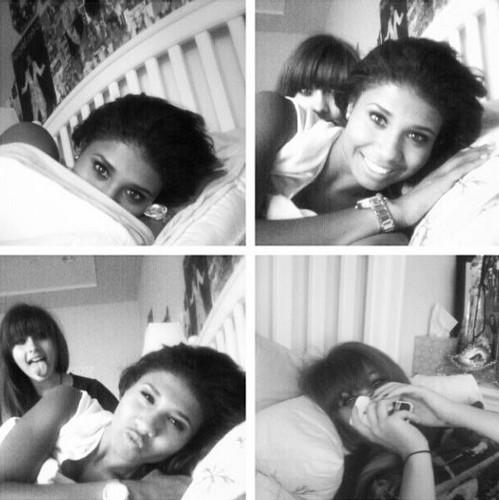 Paris Jackson and her cousin Genevieve Jackson ♥