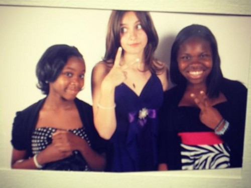 Paris Jackson and her friends