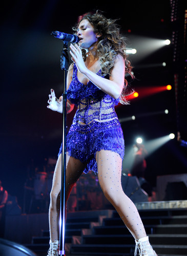 Performs In Newark [20 July 2012] - jennifer-lopez Photo