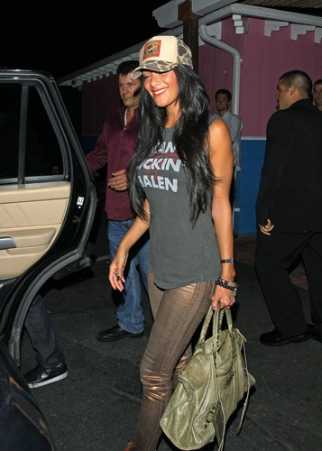 পরাকাষ্ঠা টাকো Restaurant In Hollywood [24 July 2012]