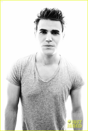 Portraits at Comic-Con - paul-wesley Photo