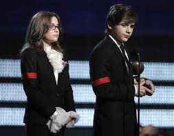 Prince and Paris Accepting The Lifetime Acheivement Grammy On Their Father's Behalf