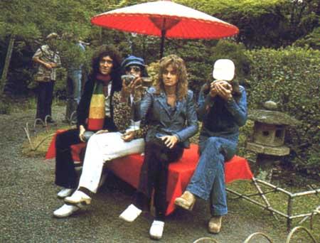 queen 1975 in japón