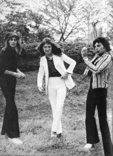 Queen in Nhật Bản 1975