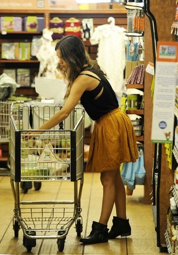 Rachel Bilson wallpaper possibly containing a supermarket called Rachel Bilson Shops at Whole Foods [July 19, 2012]