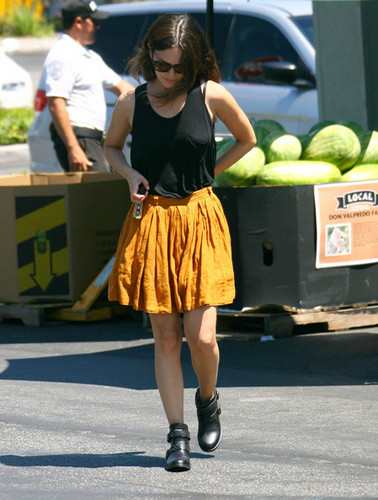 Rachel Bilson wallpaper probably with a hip boot titled Rachel Bilson Shops at Whole Foods [July 19, 2012]