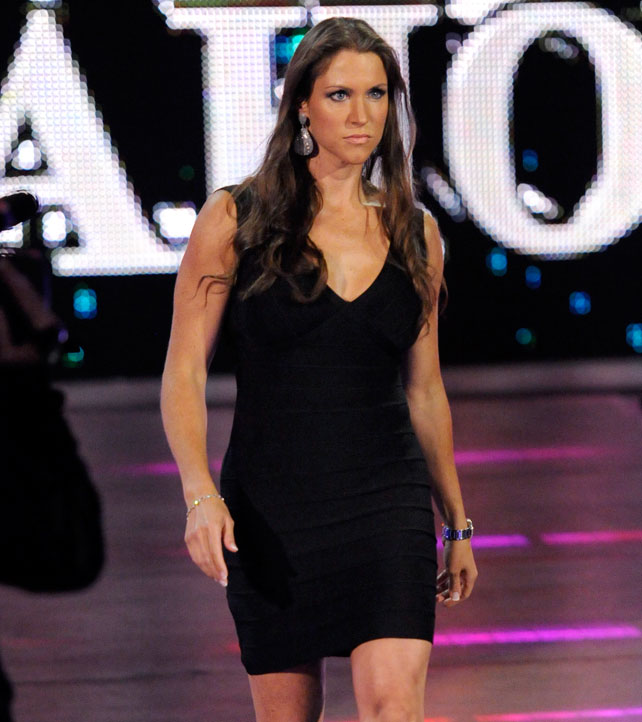 Wwe Raw Hot Photos 28 Images Wwe Images Wwe Raw Hd Wallpaper And