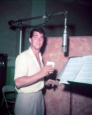 Dean Martin Обои titled Recording