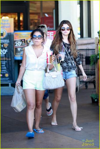 Selena - Leaves Velvet Hands Nail Salon & dia Spa in Encino - July 24, 2012