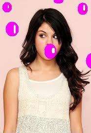 Selena bubble gum
