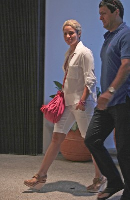 Shakira shopping in Miami [July 23, 2012] - shakira Photo