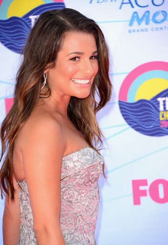 Lea Michele wallpaper with a portrait titled Teen Choice Awards Arrivals July 22, 2012