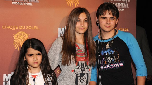 Blanket jackson looks like michael