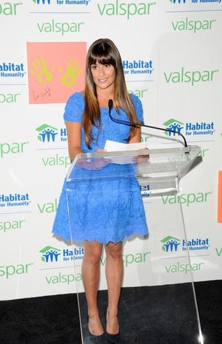 Valspar Hands For Habitat Unveiling Hosted por Lea Michele - July 20, 2012