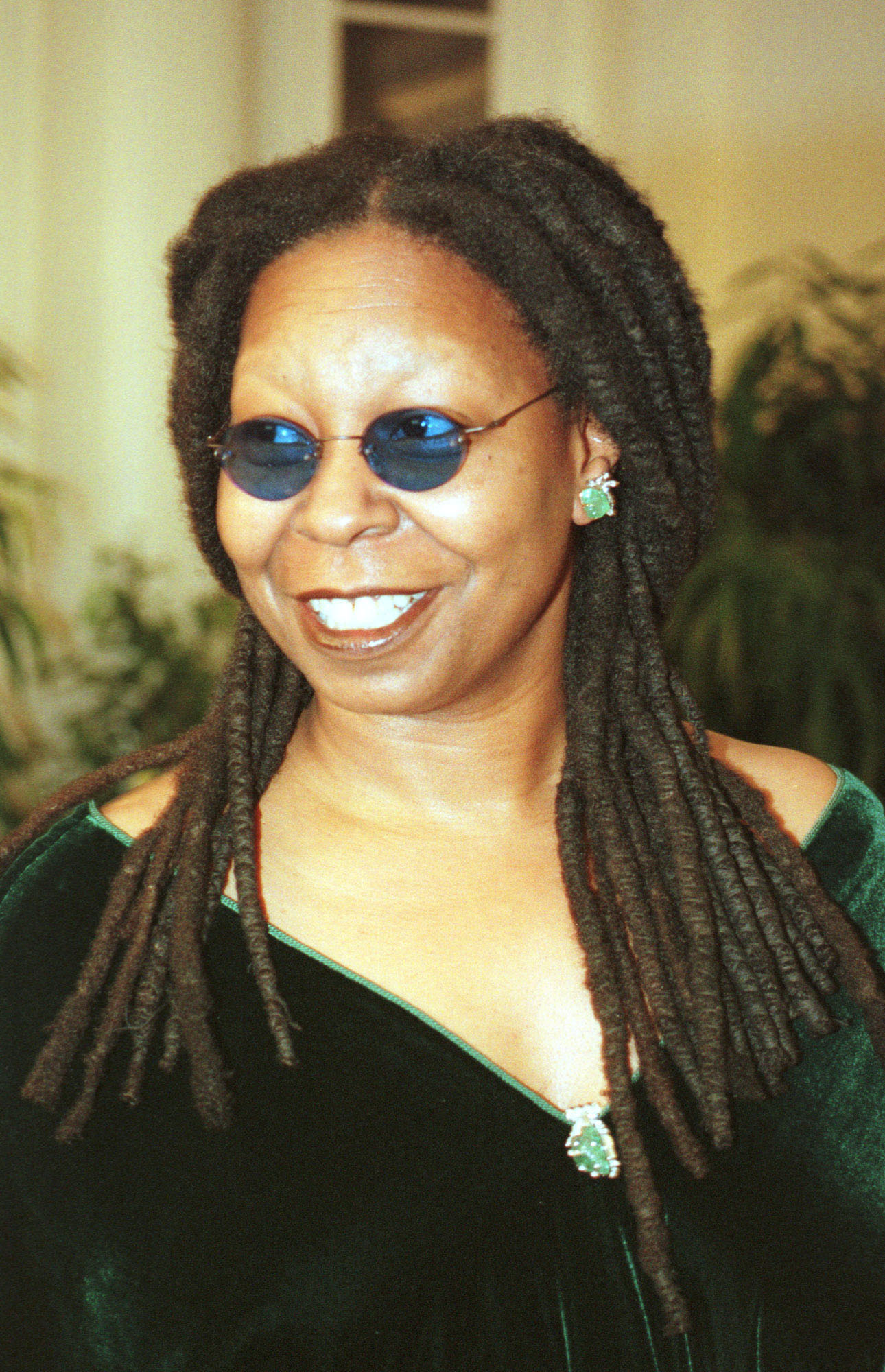 whoopi glodberg Whoopi goldberg tackled long-standing rumors about her sexuality in a new interview with pridesource's chris azzopardi you've never seen me with a woman, goldberg, who played lesbian characters.