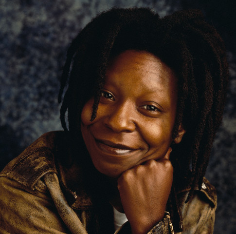 Whoopi Goldberg wallpaper possibly containing a portrait entitled Whoopi Goldberg