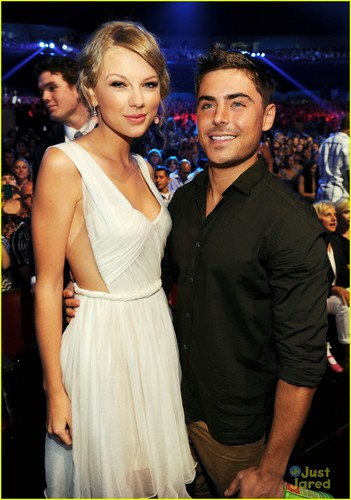 Zac Efron: Teen Choice Awards 2012