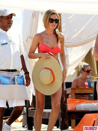 Audrina Patridge fond d'écran probably with a sombrero, a boater, and a campaign hat called awesome audrina