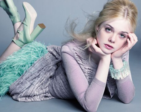 Elle Fanning Обои with a portrait entitled elle fanning