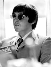 Paul McCartney wallpaper probably with sunglasses called i Amore macca!!!