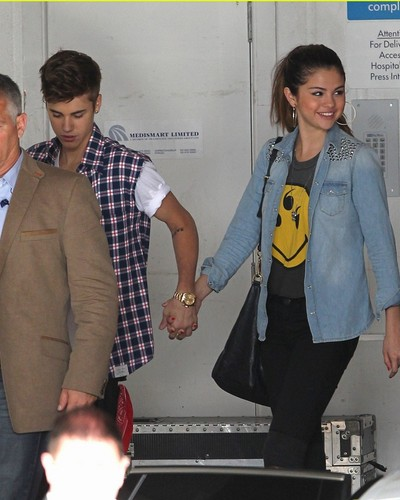 selena gomez & Justin Bieber New zeland 2012