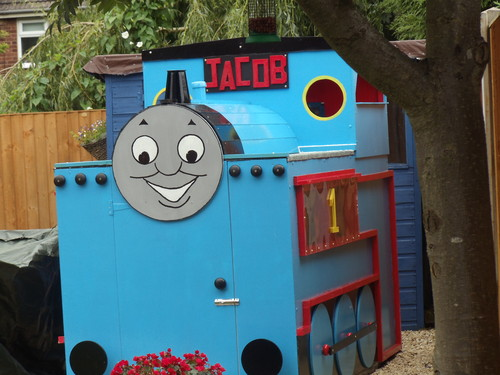 Thomas the Tank Engine wallpaper probably with an outhouse and a diner entitled thomas playhouse