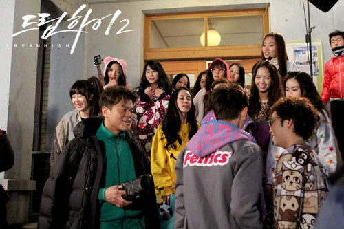 Dream High 2 fond d'écran called Behind The Scene Dream High 2 - Part 2
