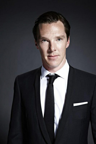 Benedict Cumberbatch wallpaper with a business suit, a suit, and a double breasted suit titled  Benedict Cumberbatch