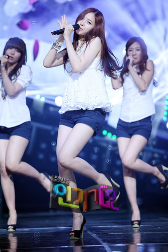 120513 A ピンク at SBS Inkigayo
