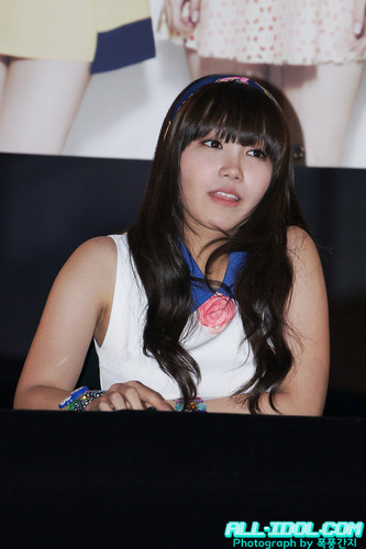 120603 A ピンク at Ilsan ファン Signing Event