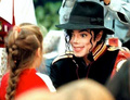 Adorable!! ♥♥ - michael-jackson photo