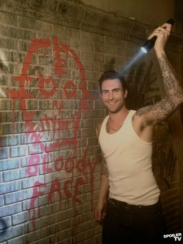 American Horror Story - Season 2 - First Set foto of Adam Levine